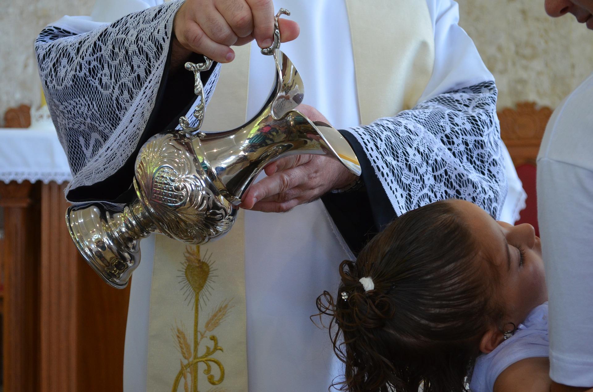 baptism-577957_1920