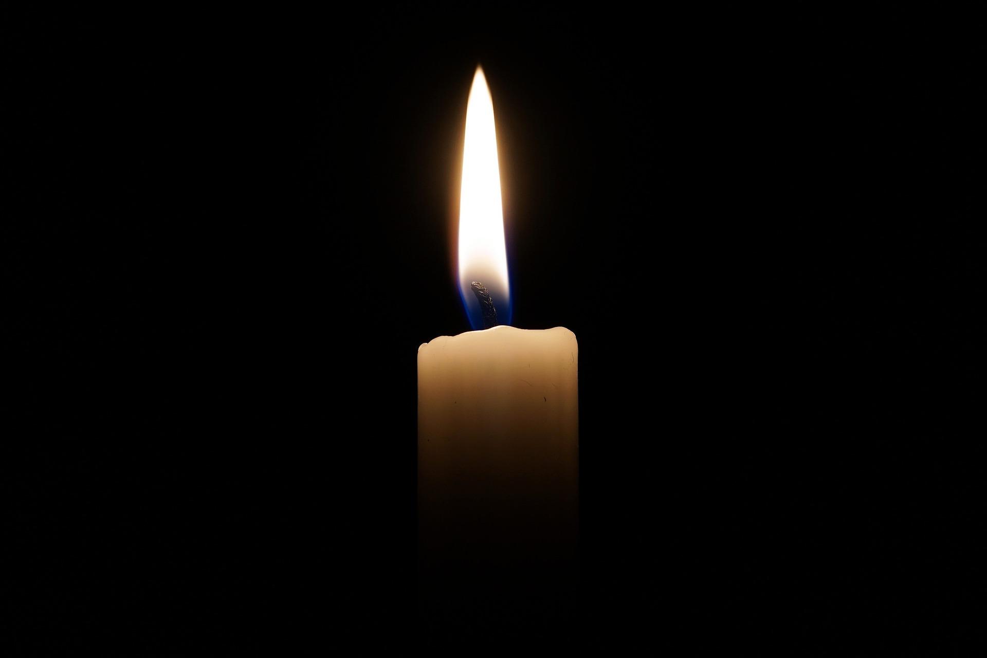 candle-2038736_1920